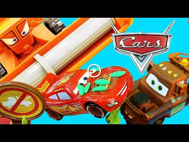 Disney Cars Escape From Frank Track Set With Mater And